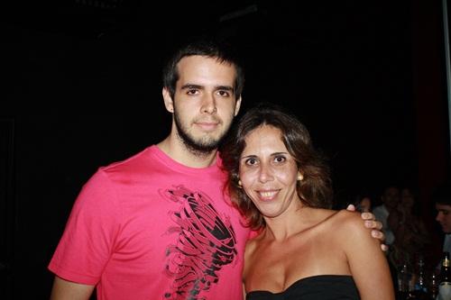 Angelica_Medeiros_com_o_filho_Thiago_medeiros